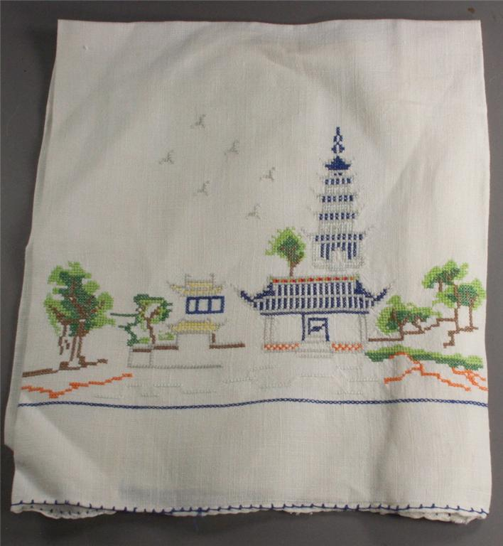 vintage linen, hand towel, embroidered, pagoda