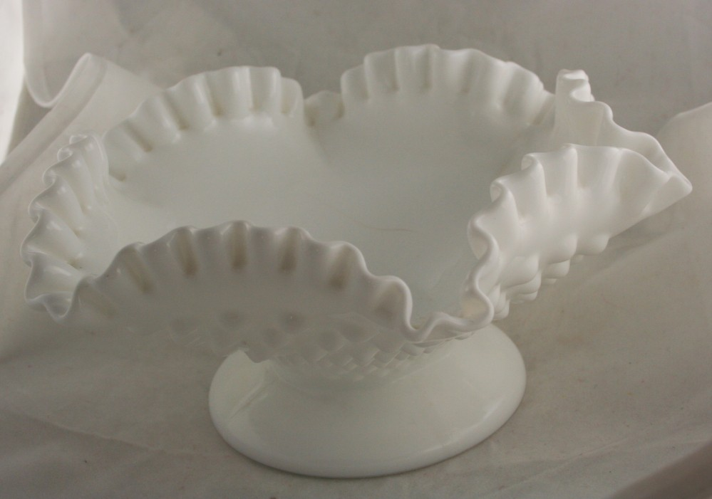 vintage glassware,Fenton,bowl,ruffled,crimped,footed,milk glass,white