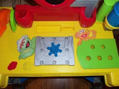 Elmo Sesame Street Sing Amp Giggle Toolbench Tool Bench
