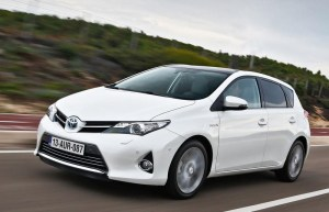 Toyota Auris Hatchback 2013  reviews, technical data, prices