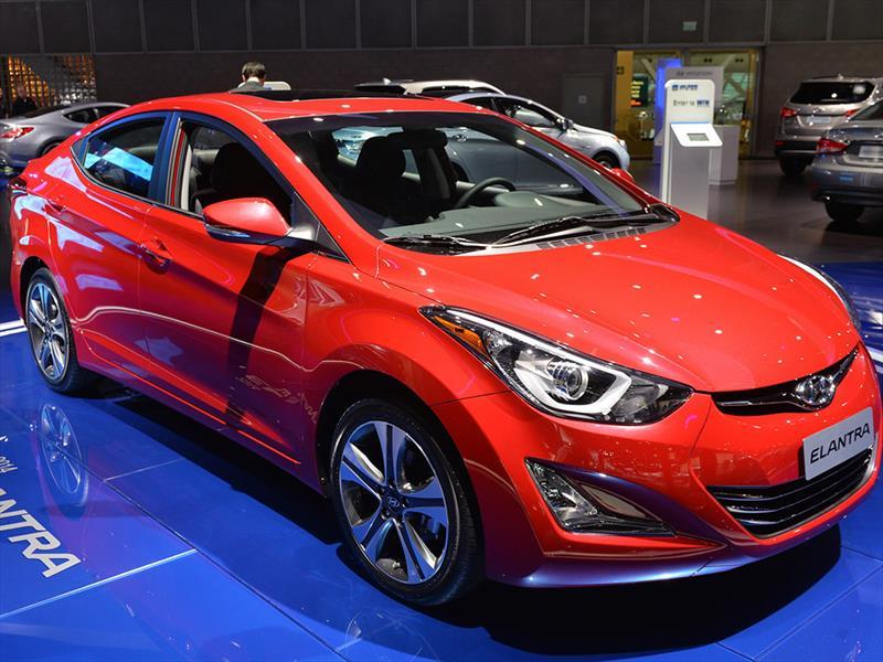 Hyundai Elantra 2014 Debuta