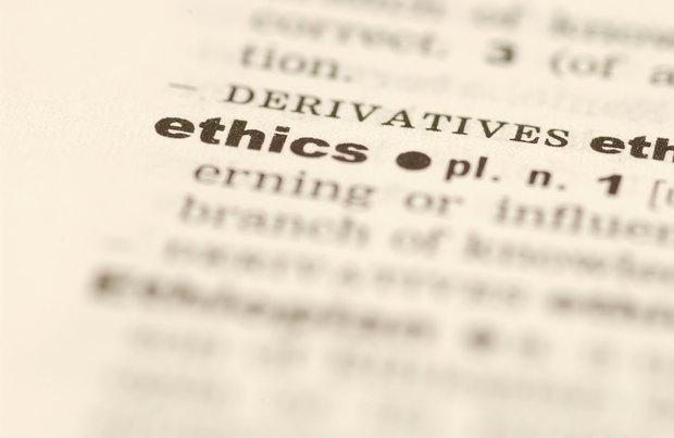 Como descrever a diferena entre ética pessoal e profissional