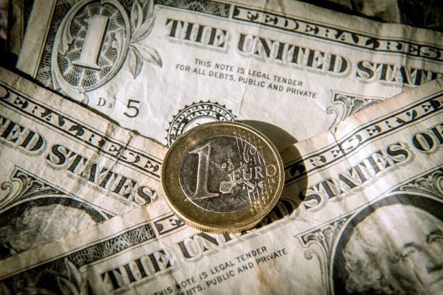 Image result for L'euro baissait face