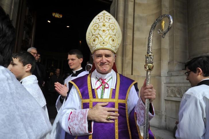 Mgr Bernard Fellay, supérieur de la Fraternité Saint-PieX, lors d'une messe traditionnaliste.