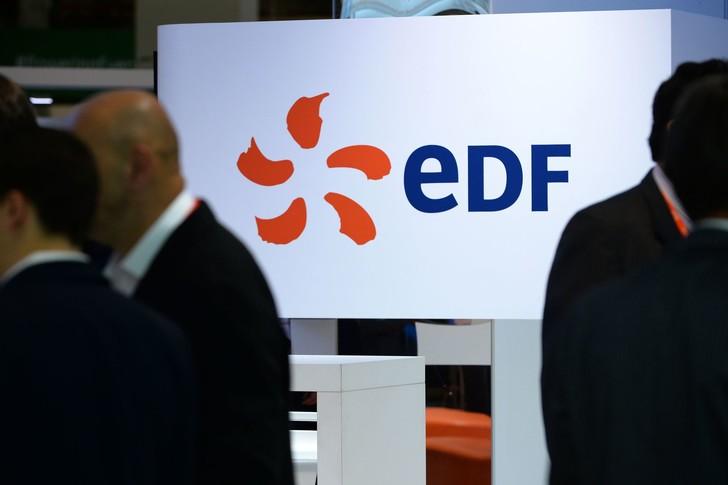 Résultat d'une stratégie actionnariale à court vue, le gouvernement va devoir remettre au pot pour renforcer les fonds propres d'EDF, avec une augmentation de capital prévue de quatre milliards (dont 3 à la charge de l'État).