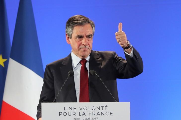 François Fillon à Nice le 17 avril 2017 / AFP/Archives