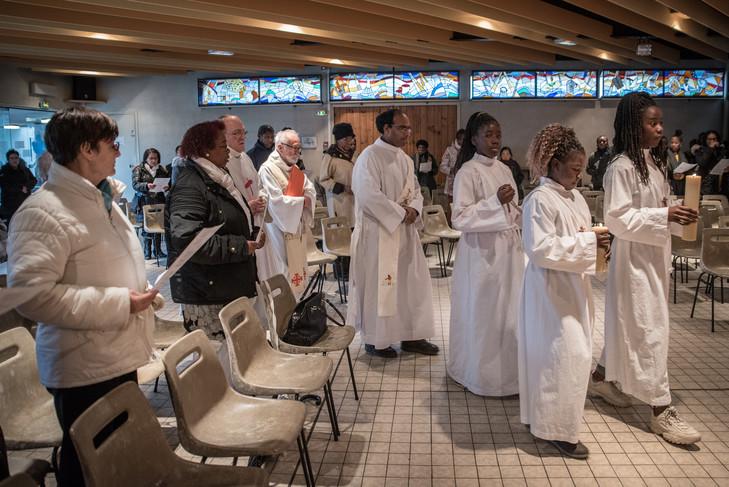 Holy Mass at the Church of the Holy Family, Sunday 25 November 2018./Chloe Sharrock for La Croix