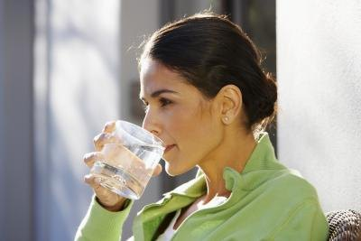 How Can Adding Lemon Juice to Water Make the Water Alkaline?