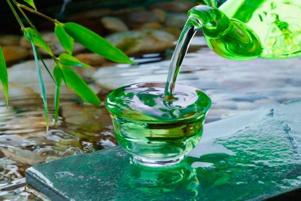 White Tea Vs. Green Tea for Weight Loss