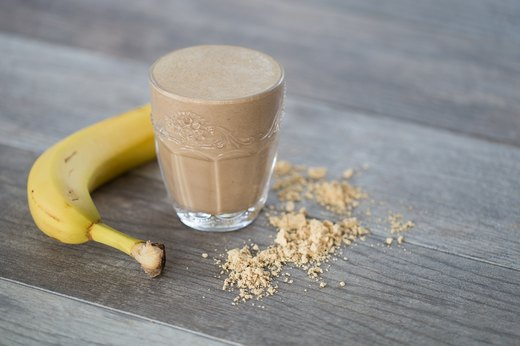 6. Peanut Butter and Chocolate Protein Shake (250-350 calories)