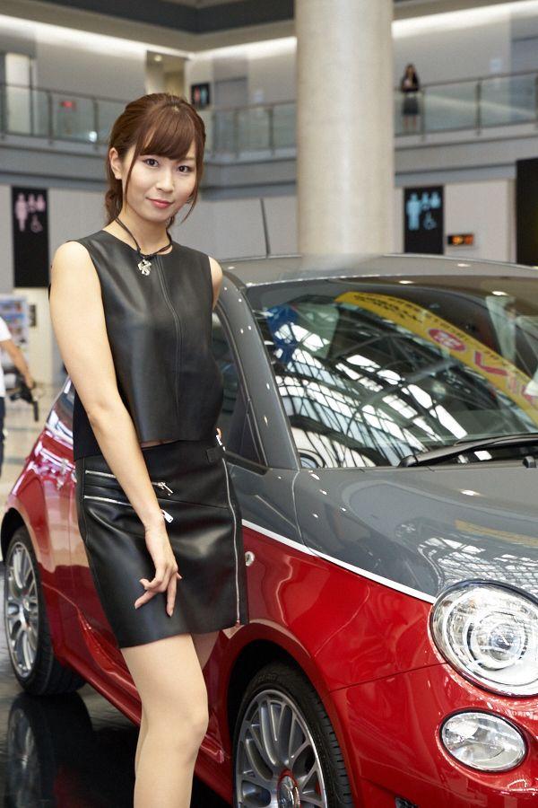 三菱とシトロエンがレベル高めだった東京モーターショー2015のコンパニオン画像1