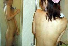 ラブホや自宅で撮影された素人女性のシャワーを浴びている画像