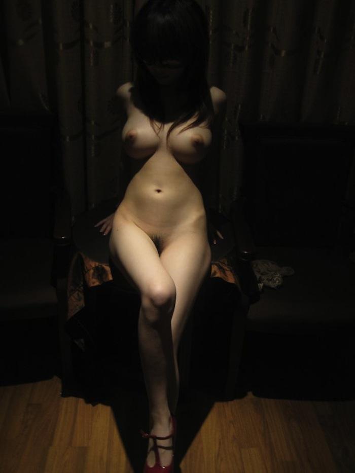セフレが撮影したエッロい身体のお姉さんのプライベートヌード流出画像15