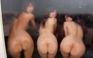 女友達との温泉旅行でノリで撮った門外不出のはずの写真がネットに投稿されているwVol.2