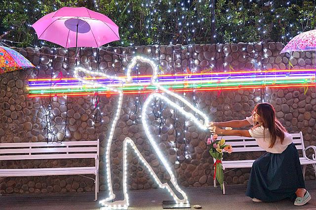 太平景點│臺中市屯區藝文中心傘亮花博裝置藝術,帶我走或把傘留給我