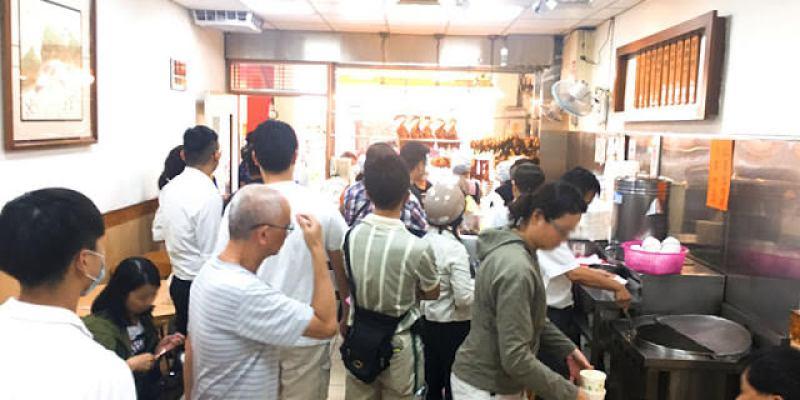 食尚玩家 台中燒臘│便當裝不停,人潮一直排的廣味燒臘快餐店