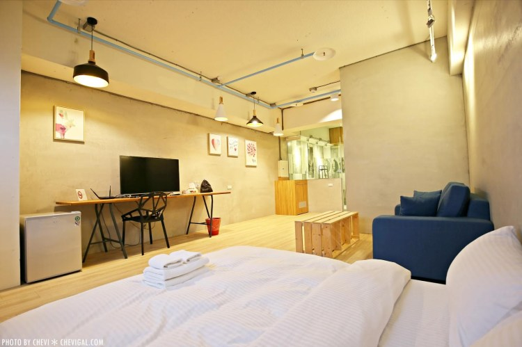 台南住宿│Youth Inn 遊思旅*充滿活潑設計感的旅店。美麗透明浴室通透感十足。還有夢幻星空伴你入眠約訪