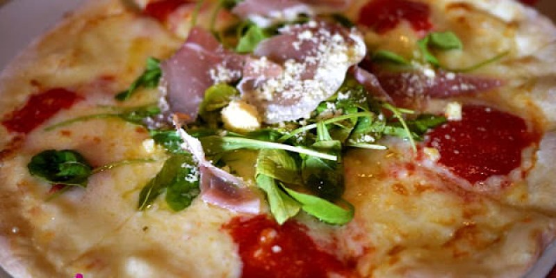 【豪斯登堡餐廳】義式披薩ピノキオPinocchio