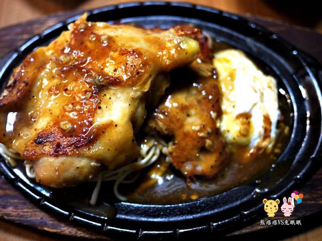 【台中牛排】食街牛排雞雞雙排餐