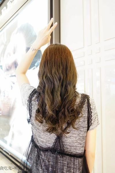 【髮妝】高雄 仁武區/藍詩造型設計-改變心情就從改變髮型髮色開始-