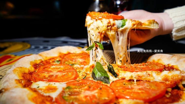 高雄餐酒館 Footway富威角路美式公路洋行-慵懶一下吃片手工柴燒窯烤披薩喝杯自由調酒吧!享受人生模式啟動(已歇業)