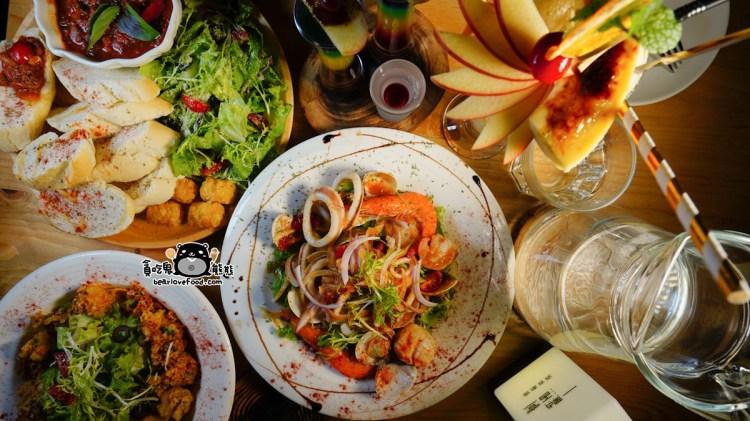 高雄苓雅區餐酒館 一點酒意-很有氣氛格調的餐酒館,多樣特別調酒與現做有質感的餐點