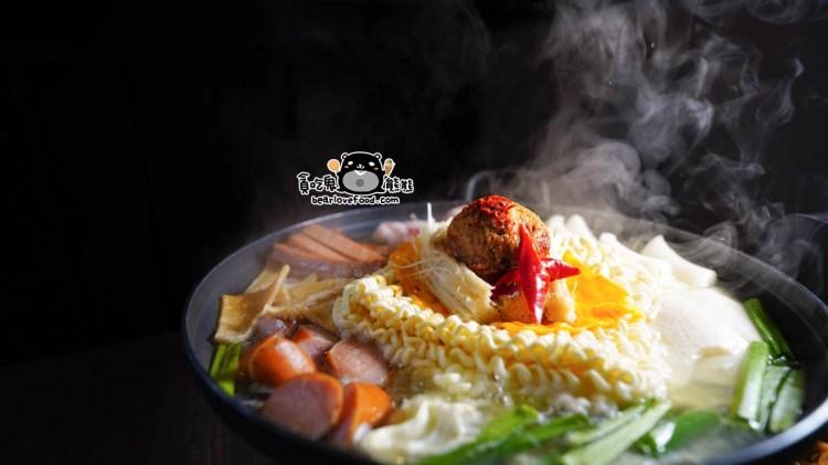 高雄烤肉推薦 meogeo韓式烤肉-與釜山同步的韓式蝦醬烤肉,專人幫烤好吃又方便,生日聚餐餐廳、美術館週邊餐廳推薦