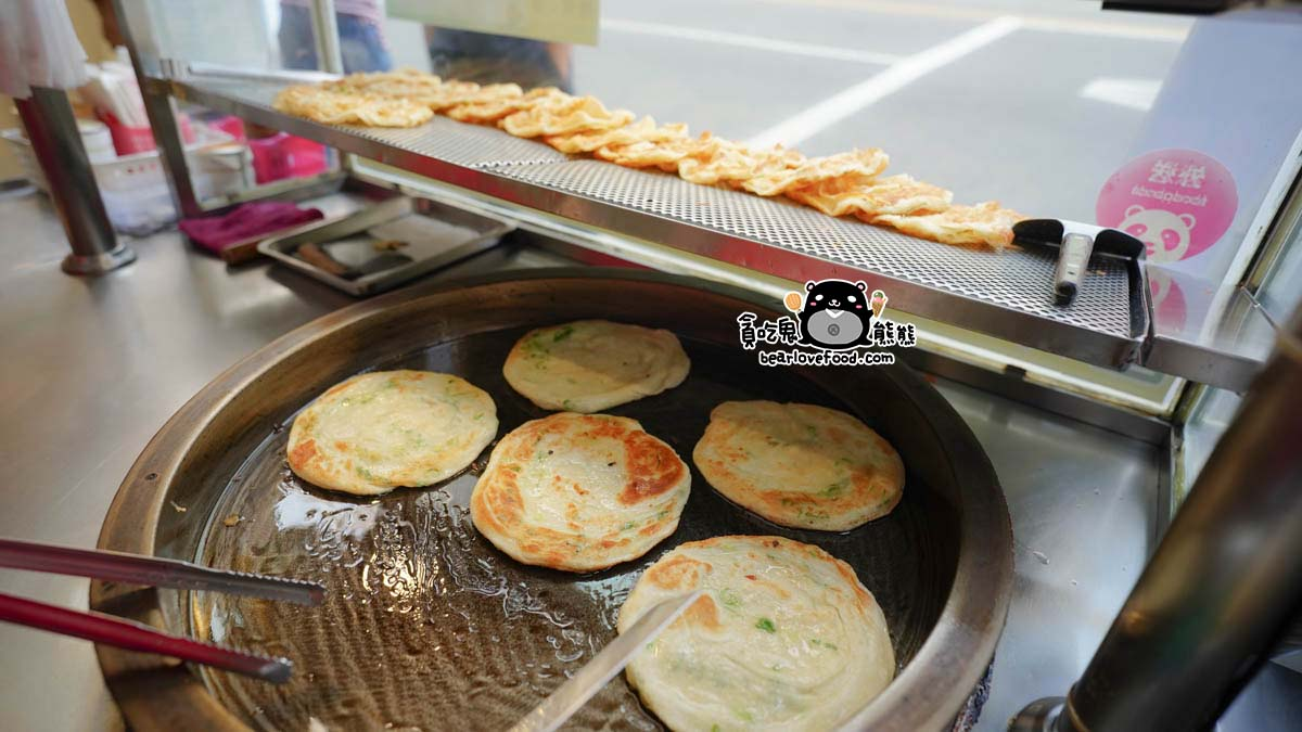 新興區美食 烙餅小廚-在地經營十幾年,高雄市立五福國中附近,六合路在地人力推下午點心解餓好朋友