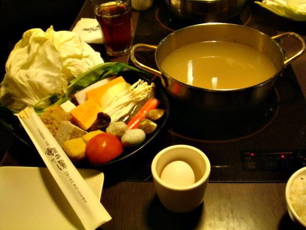 【台中。輕井澤鍋物/逢甲芋頭冰】