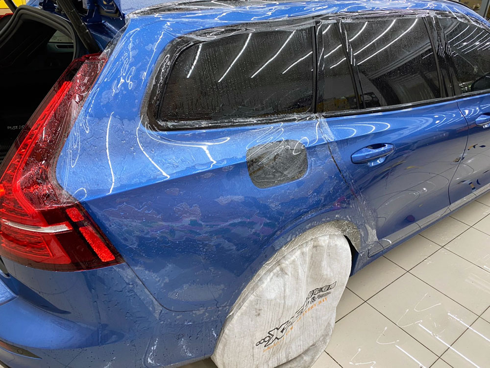 【台中汽車包膜】巴飛特汽車美容 VOLVO V60 T5 R-Design包膜全台第一貼 Xpel官方授權施工店家 自體修復保護膜 台中車體包膜推薦