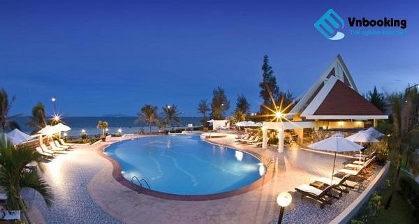 sandy-beach-non-nuoc-resort-da-nang