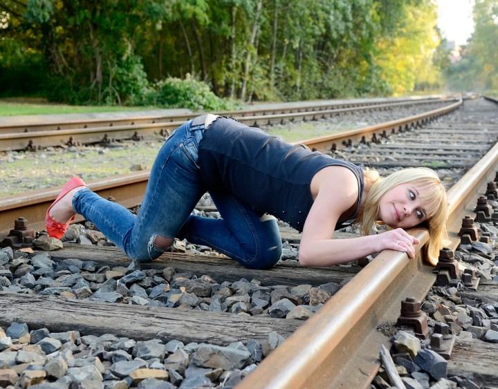 tren-escuchar-senal-distancia