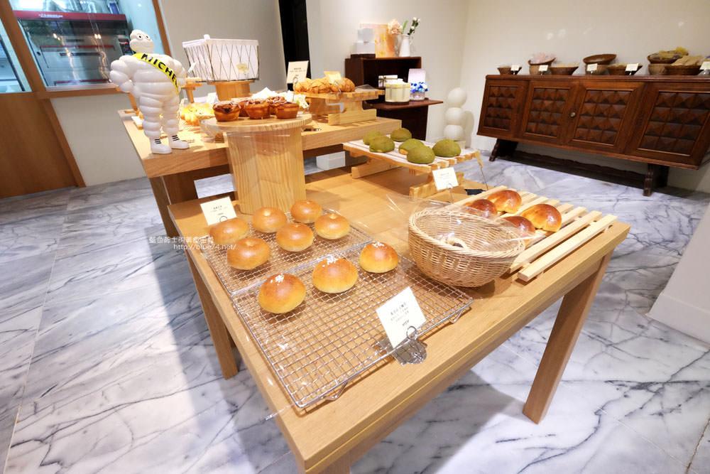 臺中西區│蜜柑法式甜點麵包-漂亮有氛圍的老屋庭院甜點烘焙店 - 藍色起士的美食主義