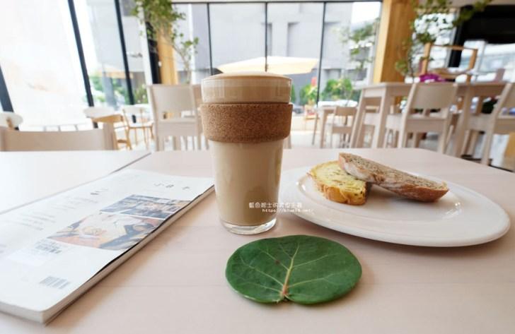 20180625224401 91 - 說書旅人│旅遊書牆,舒適空間,大里值得推薦麵包咖啡館