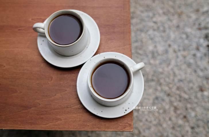 20200104182203 21 - 細水焙煎所 預約制自家烘焙咖啡,最近很夯的老屋庭院甜點咖啡