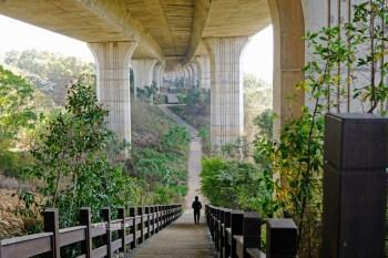 台中沙鹿│沙鹿休閒景觀步道-沙鹿拍照打卡點,步道有無限視覺延伸感