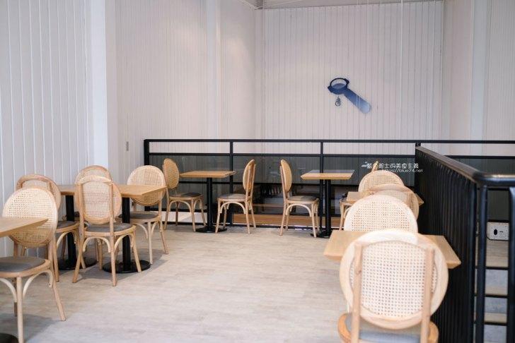 20210311144929 42 - ABG Coffee台中公益店|台北人氣咖啡廳展店台中,白色工業風,樓中樓挑高極簡風格