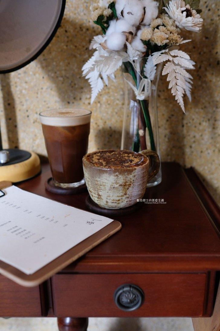 20210423010612 50 - 淺川 老屋文青咖啡館,木質調加上舊家私呈現溫暖簡約氛圍