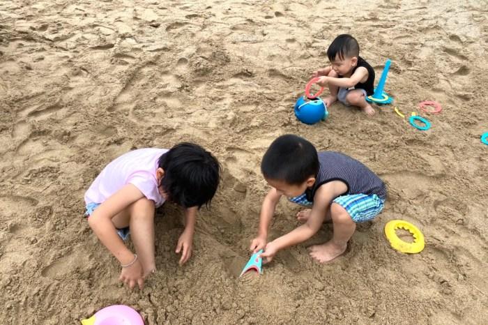 夏日玩水必備,比例時Quut玩沙洗澡玩具系列