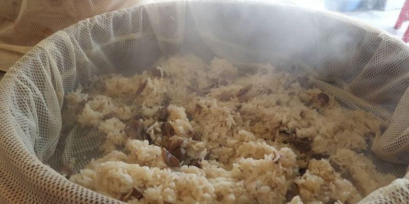【台南 中西區】懷舊麻油香Q米糕│完美的酸菜白肉湯│Q彈不軟爛的滷豬腳
