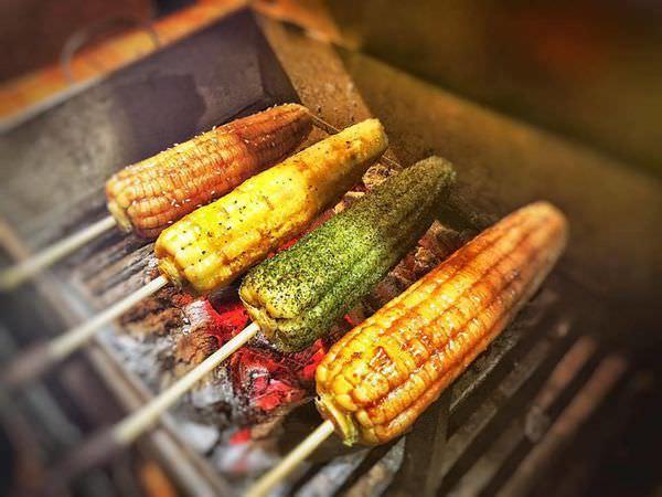 【台南 東區】烤的香氣四溢讓人難以忘懷的狗啃玉米