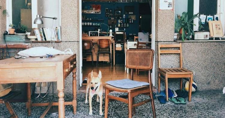 台南老宅咖啡館推薦,藏身府城巷弄間的「浮游咖啡」-甜點、單品陪你度過下午茶時光