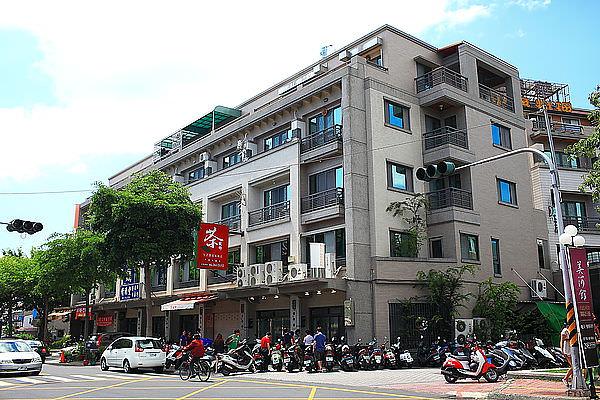 台南排隊火鍋店,藏身在透天厝一樓的隱藏版美食「是吉祥火鍋」