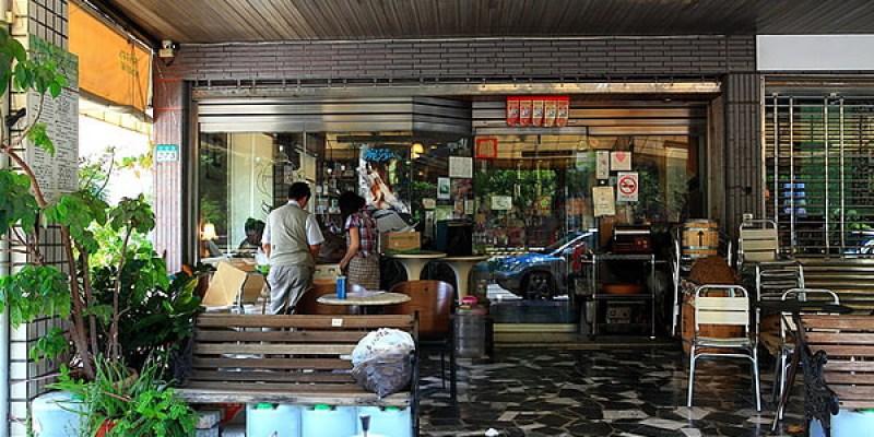 台南東區早午餐推薦-老字號咖啡早午餐「魚羊鮮豆-東豐店」