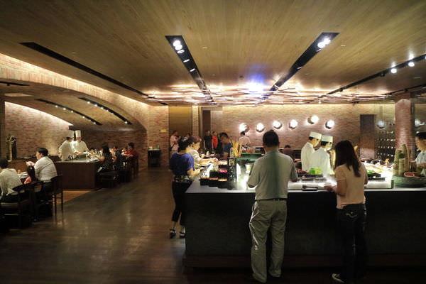 台南‧中西區 台南晶英酒店 Robins 牛排鐵板燒全面升級 ~ 365海倉庫計畫|元氣家無毒有機農作|美味可口法式甜點