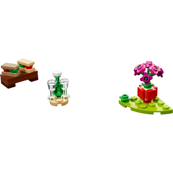 LEGO Romantic Valentine Picnic Set 40236 Brick Owl
