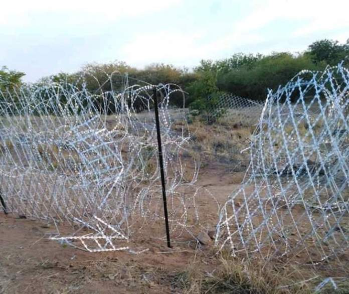 South Africa's newly erected border fence destroyed by border jumpers?
