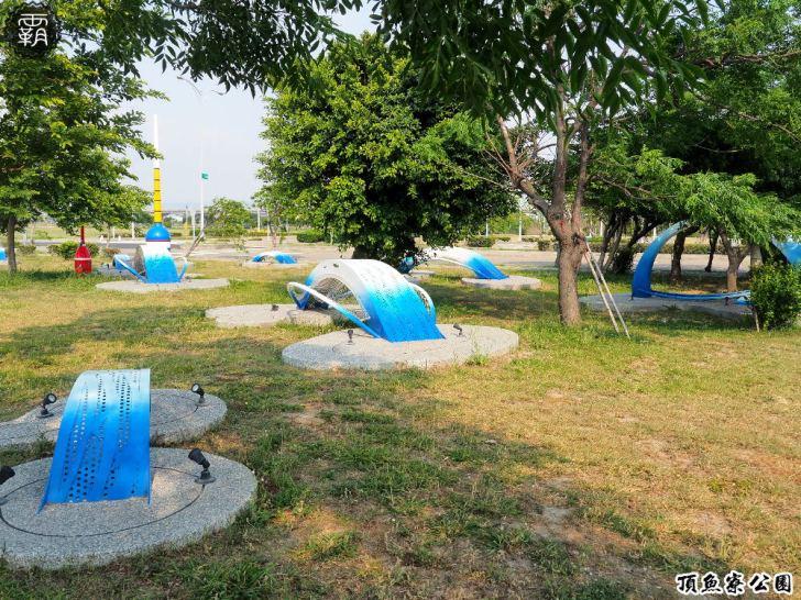 20180930174742 18 - 海線親子遊憩公園,有3D海洋彩繪圖、IG風彩虹椅、草地迷宮,占地寬廣設施齊全~