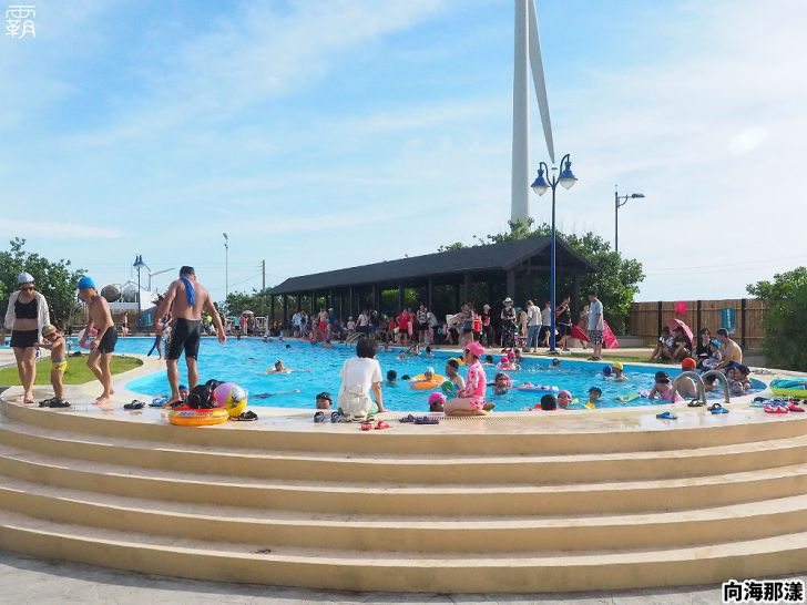 20200630200111 27 - 大小朋友一起去玩水,向海那漾濱海露營區戲水泳池開放拉!