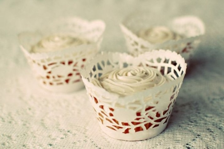 21 Wedding Things to DIY Instead of Buy - Doily Wrapped Cupcakes
